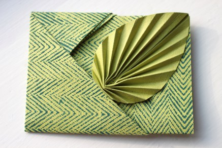 Easy origami leaf card | Shelley Makes