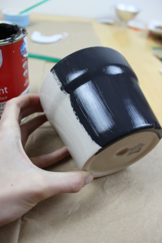 Chalk paint pot