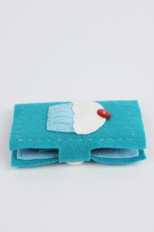 Cupcake felt needle book | Shelley Makes