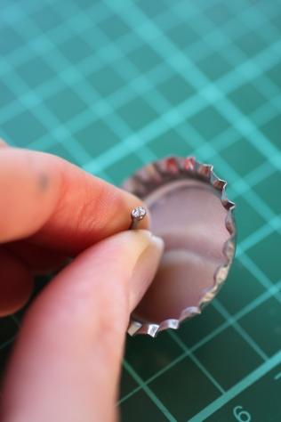 DIY Grape Soda Pin Badge from UP (3)