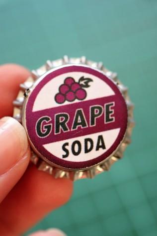 DIY Grape Soda Pin Badge from UP (7)