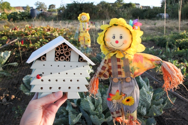 DIY Bug Hotel_Shelley Makes-8612