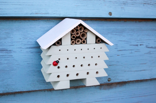 DIY Bug Hotel_Shelley Makes-8636