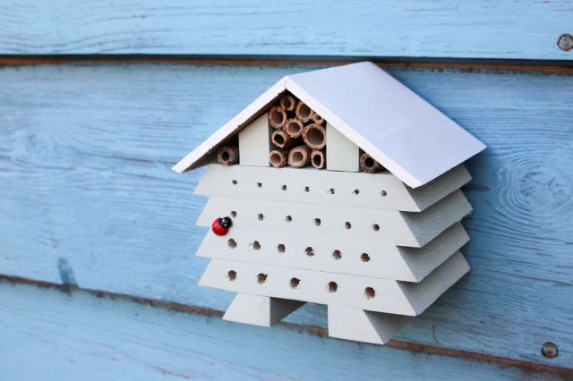 DIY Bug Hotel_Shelley Makes-8687
